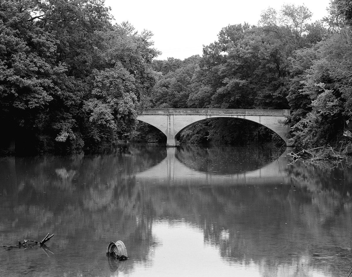 Picture of: Illinois River Bridge Siloam Springs Arkansas Wikipedia