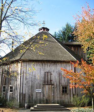 Imbrie Farm - Octagonal Barn at Imbrie Farm