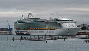 Independence of the Seas , Southampton.jpg