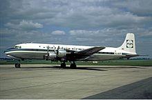 Un Douglas DC-6B in livrea Inex-Adria fotografato all'aeroporto di Parigi-Le Bourget. (1971)