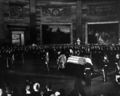 JFK casket in Capitol rotunda, 1963.png