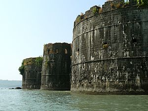 Forts in India - Bastions of Murud-Janjira a Jal durg
