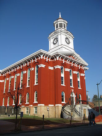 Jefferson County, Pennsylvania - Image: Jefferson County Courthouse Brookville PA Nov 09