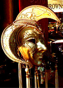 Jester Mask White and Gold.jpg