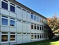 Johannes-Brahms-Gymnasium HH, H-Gebäude Ostseite.jpg