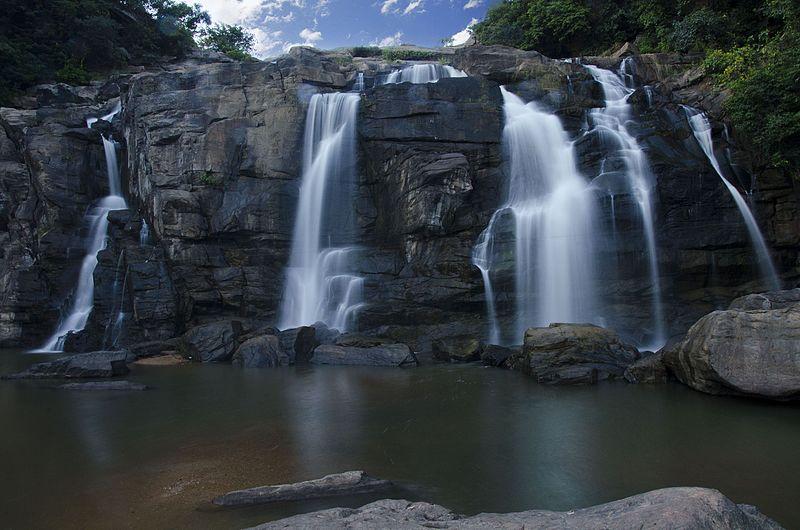 File:Jonha falls, Jharkhand.jpg