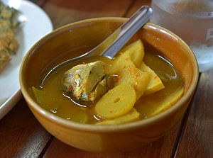Kaeng som - A traditional and basic kaeng lueang pla/kaeng som pla from Southern Thailand