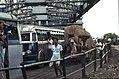 Kalkutta-14-Howrah-Bruecke-Verkehrsgewuehl-1976-gje.jpg