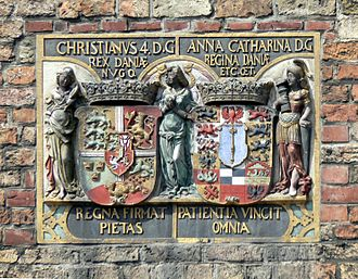 Christian IV of Denmark - Coat of arms of Christian IV and Queen Anne Catherine. From Kompagnietor, Flensburg.