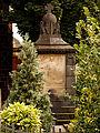 Kriegerdenkmal aus Rtg Südwesten.jpg