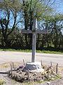 La Cellette (Puy-de-Dôme) croix de chemin, La Farge.JPG