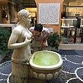 La Fontana delle Tette con la targa storica.jpg