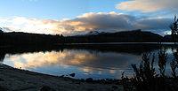 Захід сонця над озером
