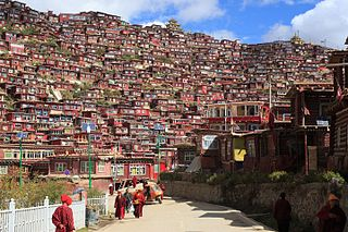 Larung Gar town in Sertar county, Garzê, Sichuan, China