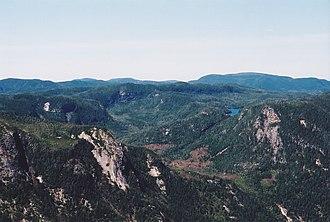 Laurentian Mountains - Image: Laurentides (Parc des Hautes Gorges, Charlevoix, Quebec)