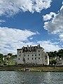 Le Château de Montsoreau vu par les rives de la Loire.jpg