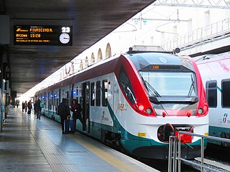 Leonardo Express - ETR 425 Leonardo Express at Roma Termini   (Feb 2017)