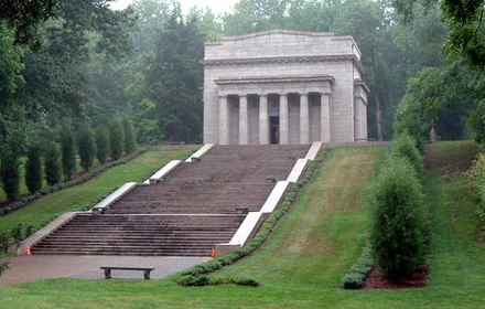 Abraham Lincoln Birthplace near Hodgenville LincolnBirthplaceJBM82908.jpg