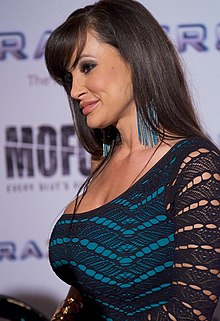 Lisa Ann at AVN Adult Entertainment Expo 2012