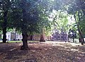 London-Woolwich, St Mary's Gardens 02.jpg