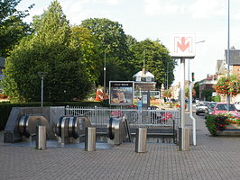 Croix mairie metrostation wikipedia - Station essence porte des postes lille ...