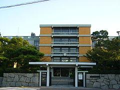 香川県立丸亀高等学校(正門)
