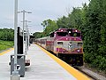 MBTA 1138 arriving at Littleton station.JPG