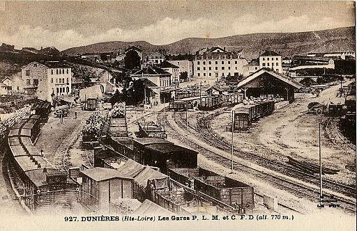 MM 927 - DUNIERES - Les gares PLM et CFD