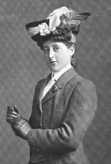 Mabel Harrison, from a 1907 publication.