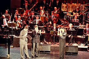 Majida El Roumi - For the first time in Paris Olympia, Majida on stage during her concert in 1993.