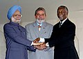 Manmohan Singh joins hands with the host country's President of Brazil Mr. Luiz Inacio Lula da Silva and the President of South Africa, Mr. Thabo Mbeki at IBSA restricted meeting of Heads of HOSG at Itamaraty Palace.jpg