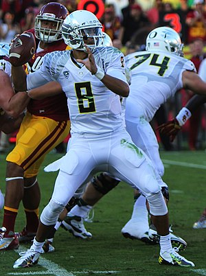 Oregon Ducks football statistical leaders - Marcus Mariota set Oregon career records in passing yards and passing touchdowns, despite only playing 3 seasons.