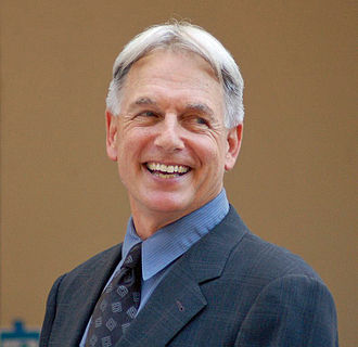 NCIS (franchise) - Mark Harmon stars in NCIS