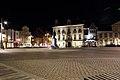 Markt met stadhuis en Egmontstandbeeld, Zottegem, Vlaanderen, België 06.jpg