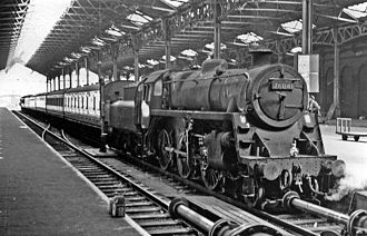 BR Standard Class 4 2-6-0 - 76041 at Marylebone station in 1961 (the GCML having been transferred to the LMR in 1958).
