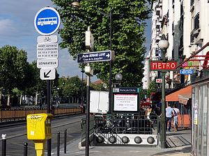 Porte de Clichy (Paris Métro & RER) - Image: Metro de Paris Ligne 13 Porte de Clichy 09