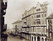Gli edifici in stile neogotico veneziano, le cosiddette