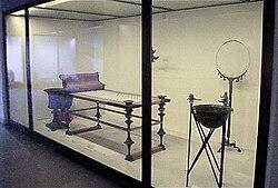 Mobilio antico esposto nel museo nazionale del bardo tunisi for Mobilia o mobilio