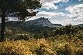 Montagne Sainte Victoire (Réserve naturelle nationale de Sainte-Victoire).jpg