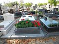Montparnasse cemetery, tombs.JPG