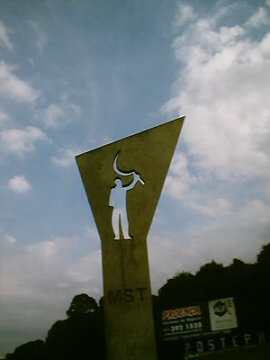 Landless Workers' Movement - Monument by Oscar Niemeyer dedicated to the MST.