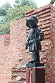 Monumento al Pequeño Insurgente en Varsovia.JPG