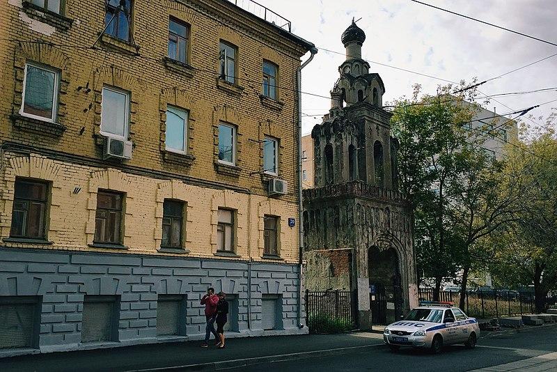 File:Moscow, Baumanskaya 20C2 - Old Belivers' belltower (21248277245).jpg