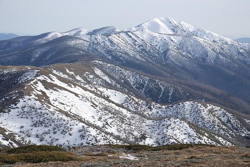 File:Mount Feathertop and Razorback.jpg