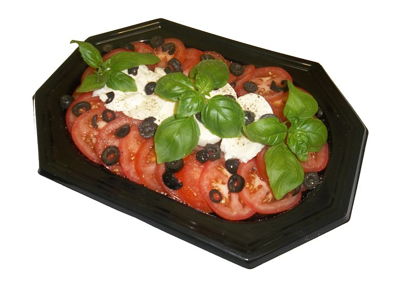 File:Mozzarella and Tomato Salad Platter.jpg