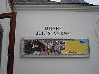 Jules Verne Museum - Image: Musee Jules Verne 002