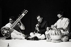 Music ensemble of benares 1983 hp5 009.jpg