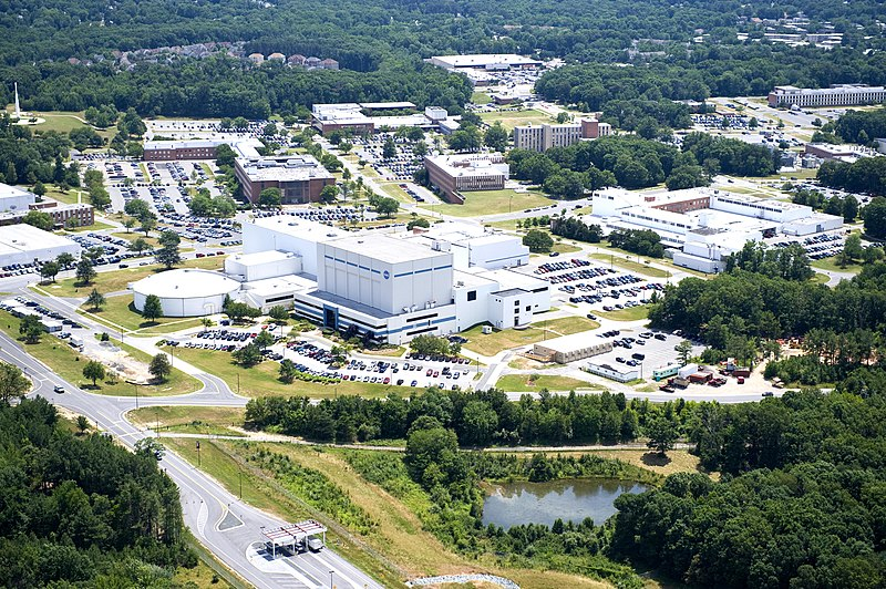 NASA Goddard Space Flight Center Aerial view 2010 facing south.jpg
