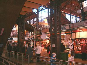 Great Market Hall (Budapest) - Inside the Great Market