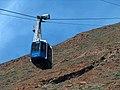 Na najwyższy szczyt Hiszpani 3718m. Od stacji kolejki 200 m wyżej wierzchołek Teide. - panoramio.jpg